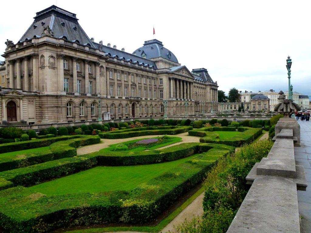Palais-royal-de-Bruxelles-place-royale